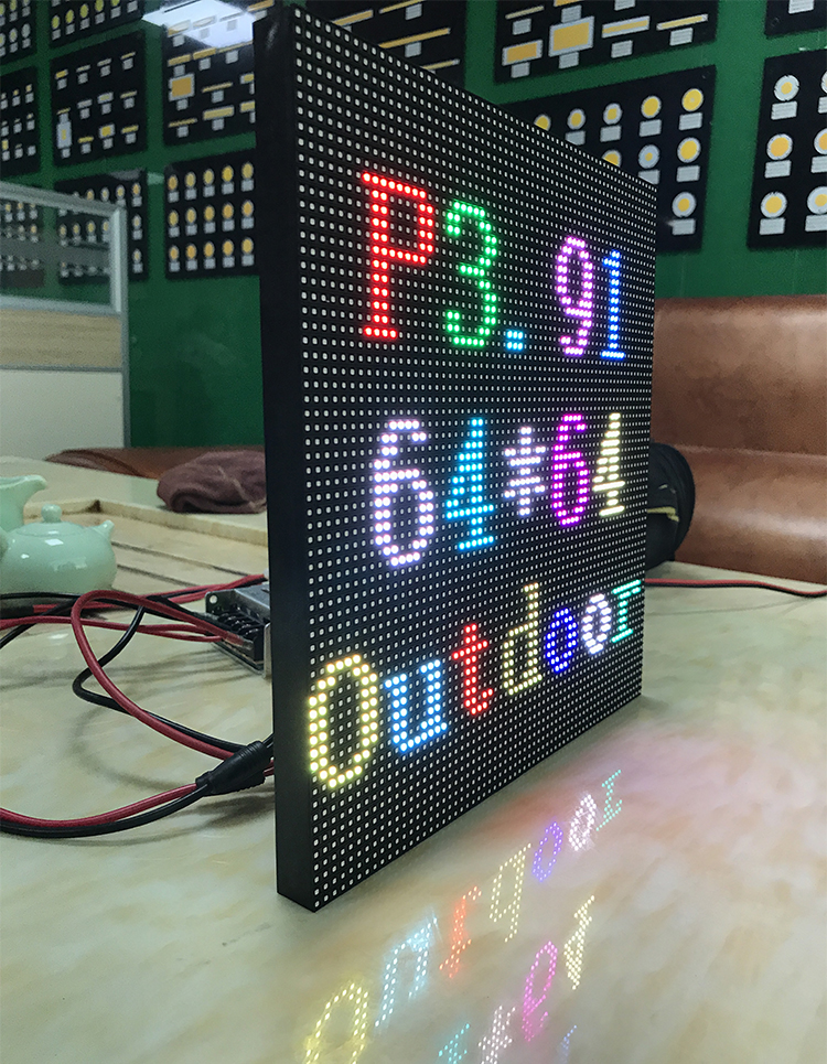 P3.91 outdoor full color LED display module LED panel 250*250mm 64*64 dots